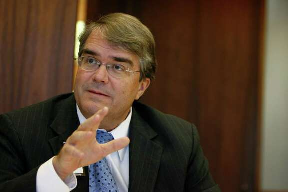 Congressman John Culberson speaks with the Chronicle editorial board on Friday, Oct. 24, 2008, in Houston. ( Sharon Steinmann / Chronicle )
