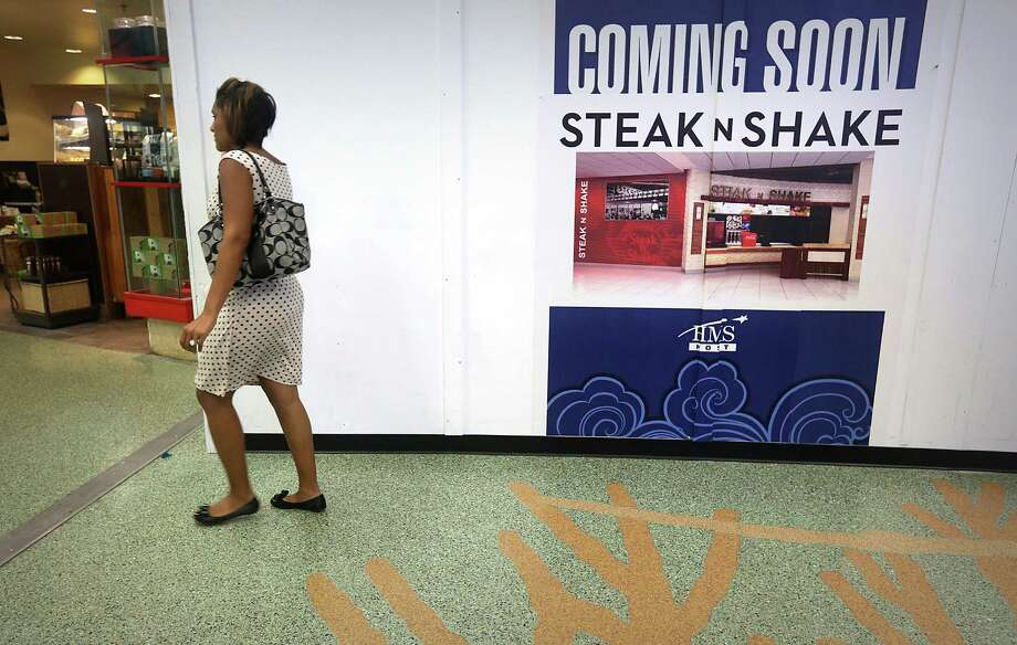 A Steak N Shake is going in where the McDonalds was in Terminal A of the San Antonio International Airport, on Tuesday, July 30, 2013. Photo: Bob Owen, San Antonio Express-News / © 2012 San Antonio Express-News