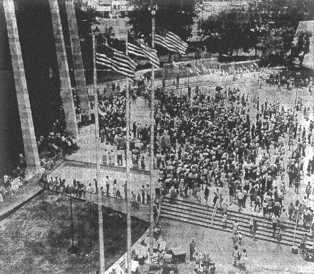 Crowds gather outside the U.S. Pavilion during HemisFair. Published in the San Antonio Light Aug. 7, 1968.