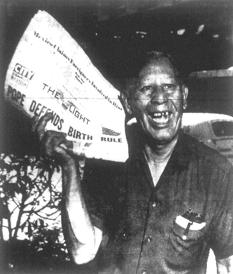"Juan ""Chicago"" Rodriguez, 63, is a familiar sight in front of the Gunter Hotel at Houston and St. Mary's streets, where he's been selling the Light every day for 36 years. Published in the San Antonio Light Aug. 4, 1968. Photo: File Photo"