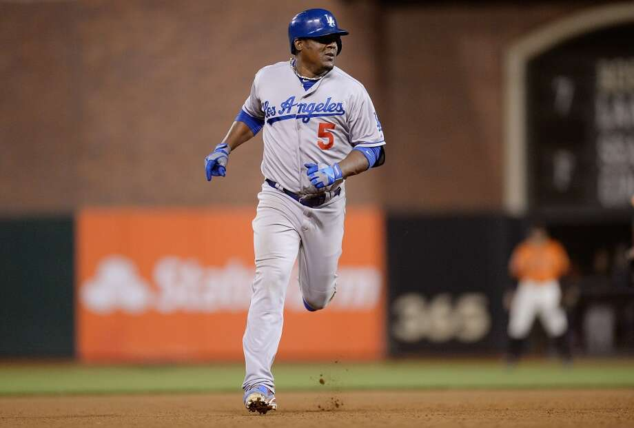 Juan Uribe Photo: Thearon W. Henderson, Getty Images