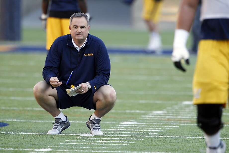 Sonny Dykes will begin his Bears tenure with an inexperienced quarterback. Photo: Carlos Avila Gonzalez, The Chronicle
