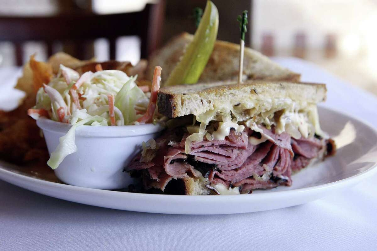 Drew's American GrillWhy it's a pick: New York native Drew Glick's menu combines a sense of good taste with consistently strong execution from his culinary team. Need a place for a date, celebration or business meeting? Glick and his team have you covered.Don't miss: The best Reuben sandwich in town.
