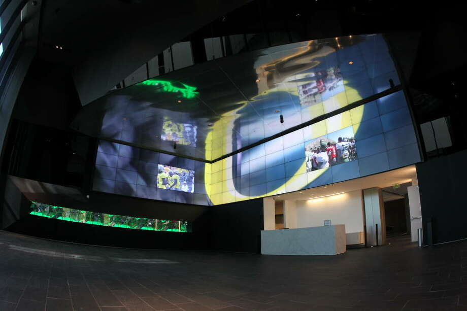 This is the lobby. Yeah, it looks like the entrance of some sort of sci-fi spaceport. But no, it's just the Ducks' new building in Eugene, Ore.  Photo: Eric Evans, GoDucks.com