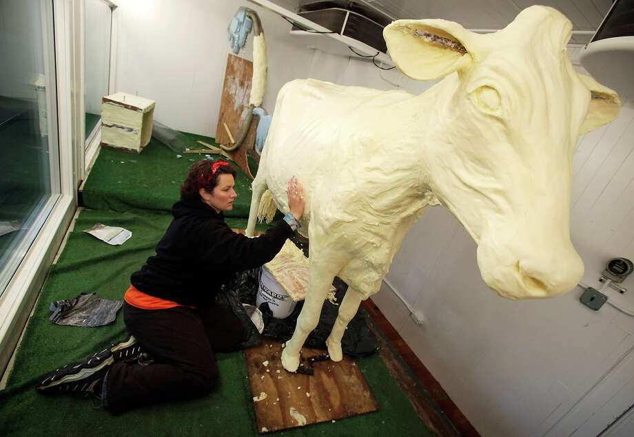 2010: Yet another butter cow Photo: Charlie Neibergall, ASSOCIATED PRESS / AP2010