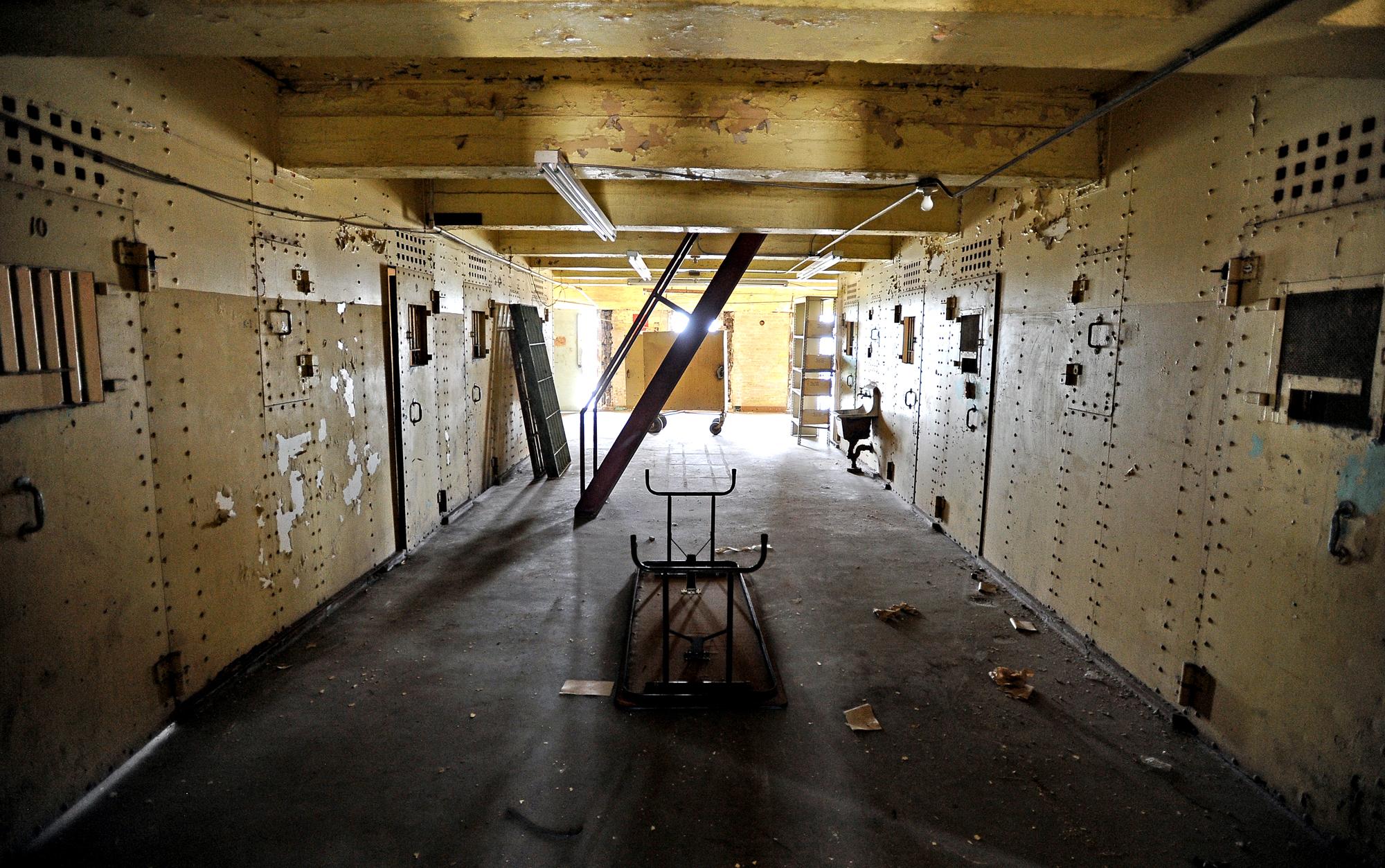 A Look Inside Texas Abandoned Jefferson County Jail San