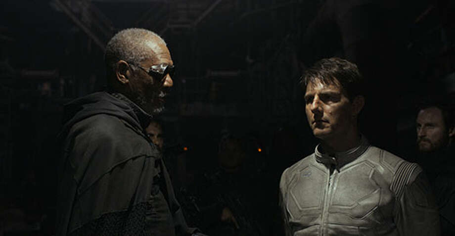 Beech (Morgan Freeman) and Jack (Tom Cruise). Photo: Http://oblivionmovie.com, 2013, Universal Studios