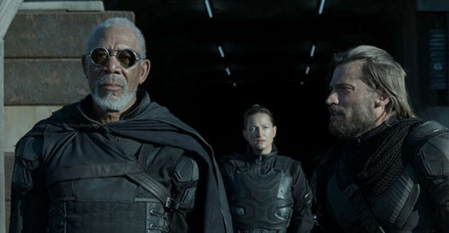 Beech (Morgan Freeman) and Sykes (Nikolaj Coster-Waldau) Photo: Http://oblivionmovie.com, 2013, Universal Studios