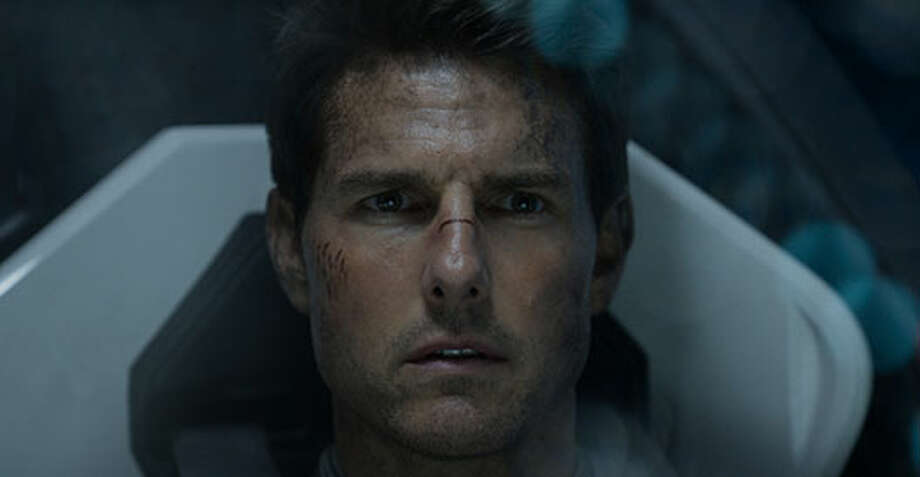 Jack (Tom Cruise). Photo: Http://oblivionmovie.com, 2013, Universal Studios