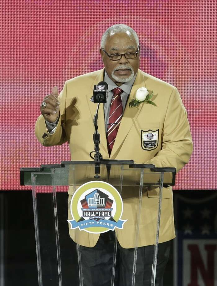 Former NFL football player Curley Culp speaks during the induction ceremony at the Pro Football Hall of Fame Saturday, Aug. 3, 2013, in Canton, Ohio. (AP Photo/Tony Dejak) Photo: Tony Dejak, Associated Press