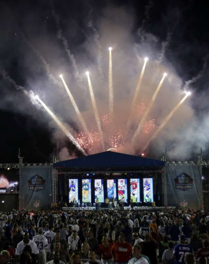 Fireworks erupt after the induction ceremony at the Pro Football Hall of Fame Saturday, Aug. 3, 2013, in Canton, Ohio. (AP Photo/Tony Dejak) Photo: Tony Dejak, Associated Press