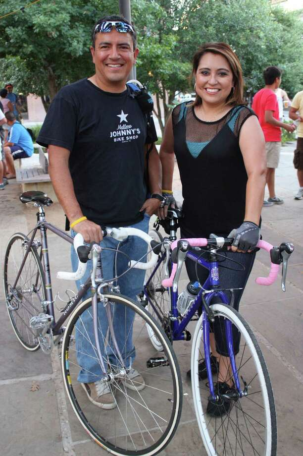 Cyclists gather in Main Plaza for Bike | Beat on Saturday, Aug. 3, 2013. Photo: Libby Castillo / For MySA.com