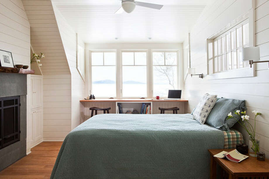 7. Ward off boredom with boards. Beadboard, tongue and groove paneling and shiplap are coastal alternatives to drywall that add texture and interest without busying things up. Photo: Houzz.com