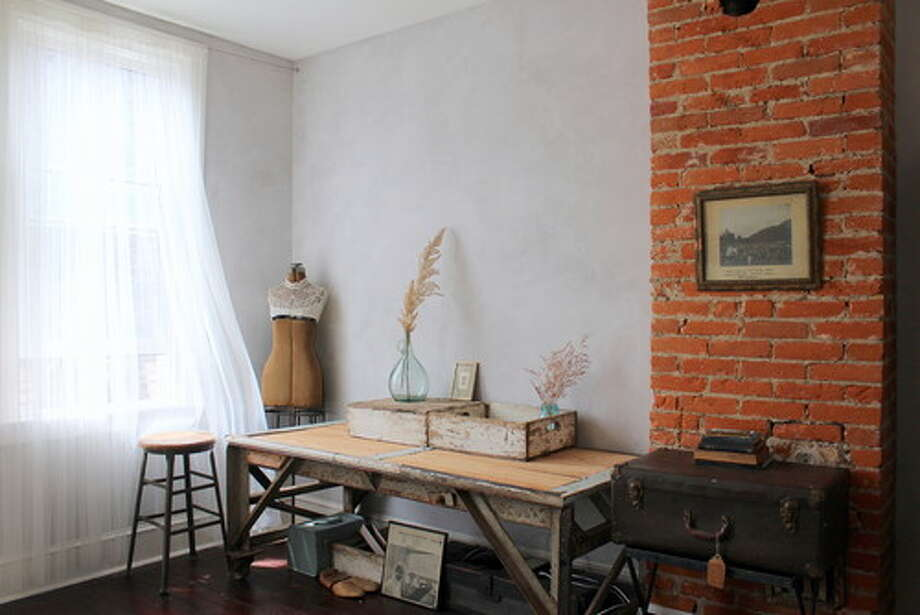 9. Keep artistically inspiring props at hand. Be on the lookout every day for objects and materials that inspire you, and give these items pride of place in your home studio. When your well of inspiration is running dry, just looking at your special collections could spark a new idea or project. Photo: Houzz.com
