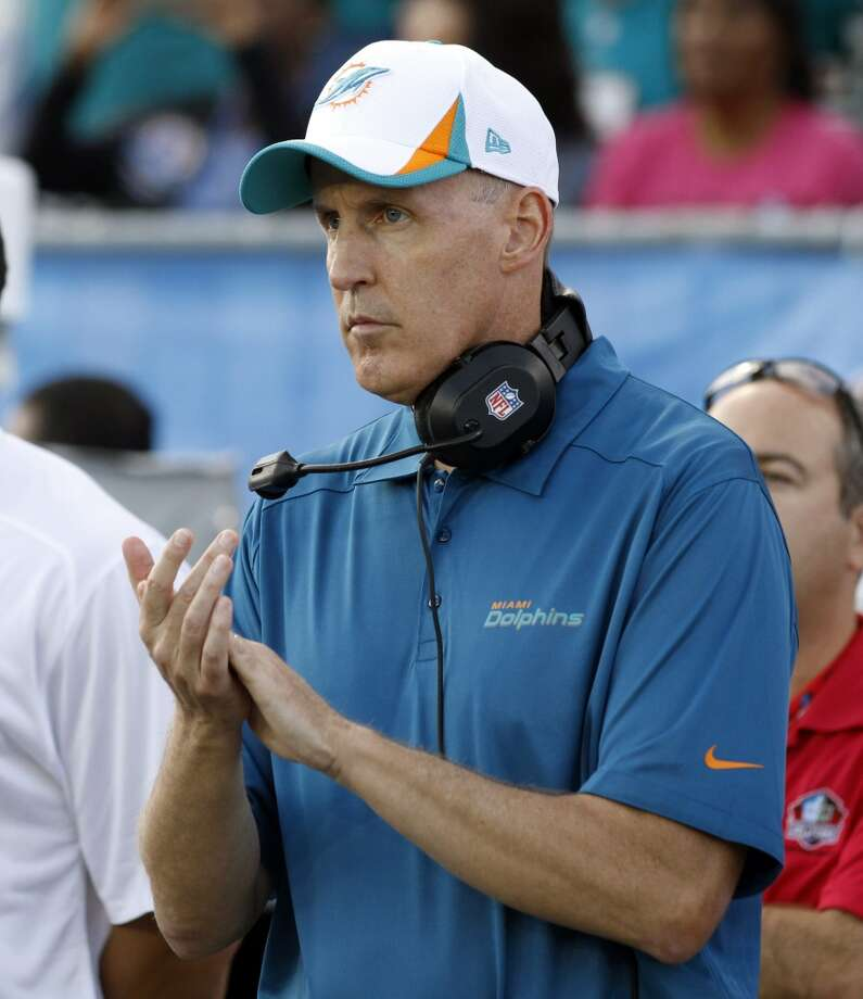 Miami Dolphins head coach Joe Philbin watches during the first quarter against Dallas Cowboys at the Pro Football Hall of Fame exhibition football game, Sunday, Aug. 4, 2013, in Canton, Ohio. (AP Photo/Scott R. Galvin) Photo: Scott R. Galvin, Associated Press