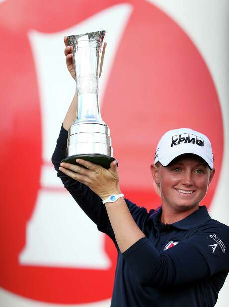 Stacy Lewis ends a record run of 10 straight LPGA majors without a winner from the U.S. The drought began after Lewis' first major win in 2011. The previous 10 major winners were from Asia. Photo: Scott Heppell, STR / AP