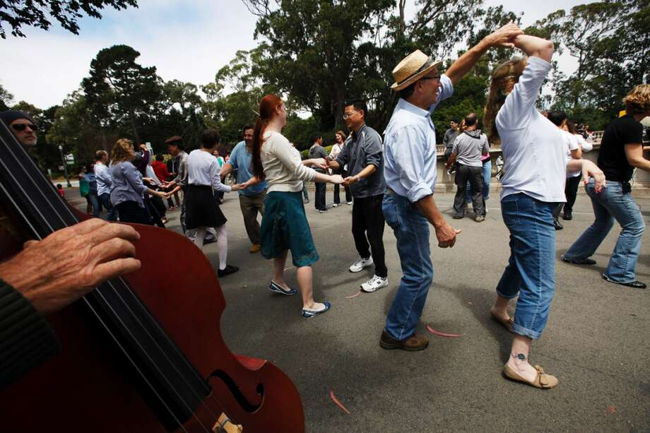 "Learn to swing dance in Golden Gate Park. Enjoy ""Lindy in the Park"" on Sundays from 11 a.m. to 2 p.m. Free half-hour lessons for beginners are offered at noon. Photo: Sonja Och, The Chronicle"