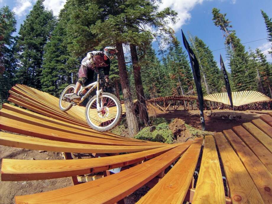 Northstar's Gypsy trail features 600 individual pieces of lumber, 5,000 screws, 84 support posts and 120 truss pieces to create 180 feet of elevated wood berms. (Courtesy: Northstar/Vail Resorts)