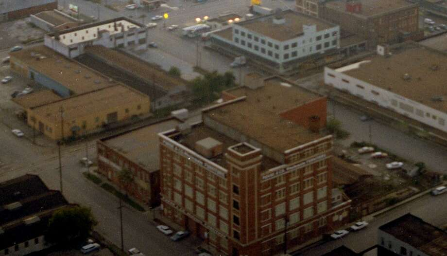 At the bottom is the corner of Chenevert and Ruiz. The Purse & Company building is now lofts. Photo: Chronicle File
