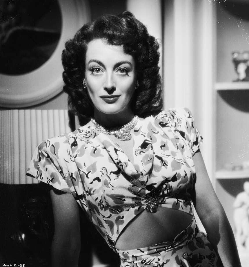 Joan Crawford in 1944 Photo: Bert Six, Getty Images