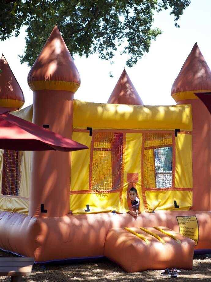 It's so much easier to enjoy a meal when your kids are distracted by this bouncy castle at Karancho's in Channelview. Photo: TODD SPOTH, For The Houston Chronicle