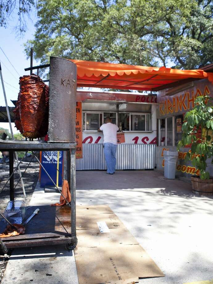 "Here's another shot of Karancho's which identifies as a ""taco camp."" Photo: TODD SPOTH, For The Houston Chronicle"
