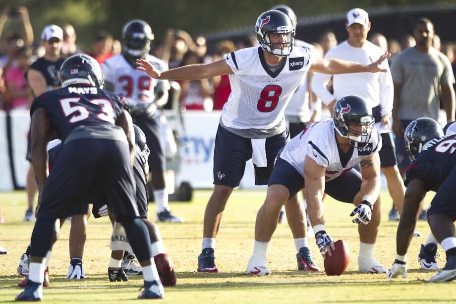 Quarterback Matt Schaub calls a play at the line. Photo: Brett Coomer, Chronicle
