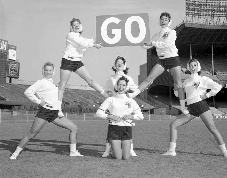 Members of the Brownettes cheerleading squad in 1958. Photo: Henry Barr Collection, Diamond Images/Getty Images