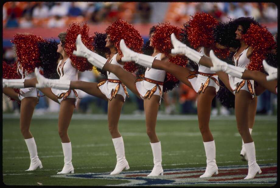 Cheerleaders at the Super Bowl XXIII game of the San Francisco 49ers vs Cincinnati Bengals on January 22, 1989. Photo: Rob Brown, NFL