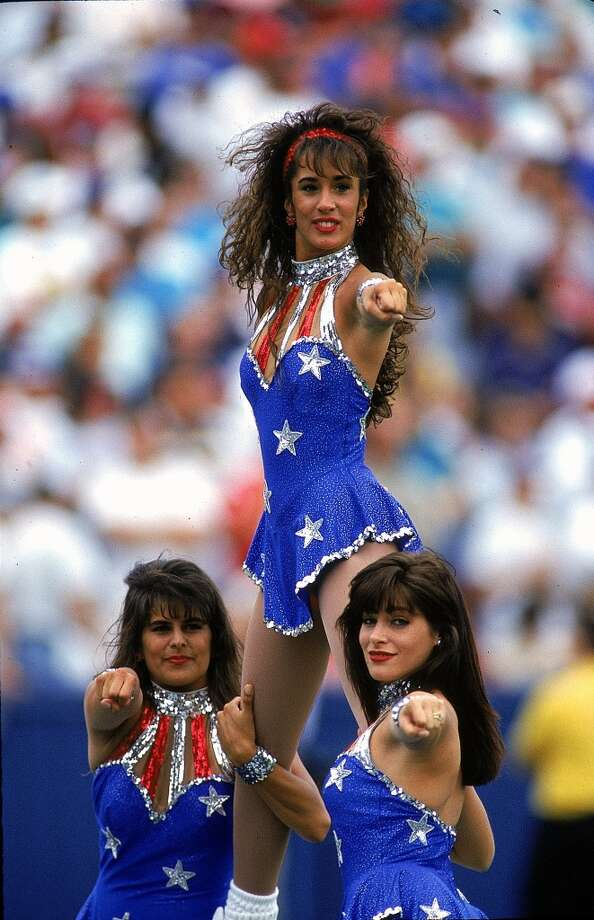 New England Patriots Cheerleaders in 1993. Photo: Rick Stewart, Getty Images
