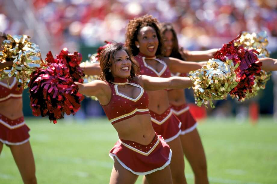 Washington Redskins cheerleaders in 1999. Photo: Doug Pensinger, Getty Images