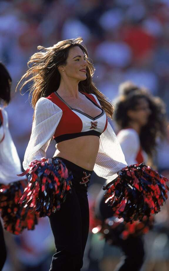 Tampa Bay Buccaneers, 1999. Photo: Andy Lyons, Getty Images