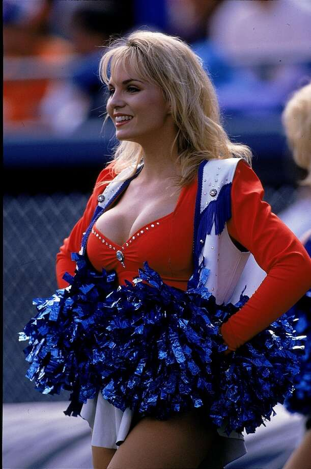 A Denver Broncos Cheerleader in 1995. Photo: Mike Powell, Getty Images