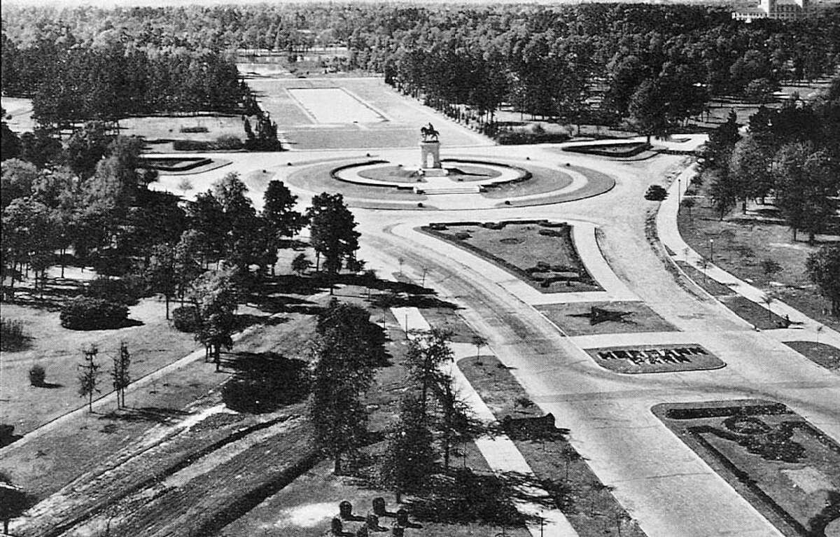 This 1932 photo of the grand gateway, Hermann Park's historic main entrance, offers a glimpse of park designer George Kessler's vision of a grand symmetric entrance to the park. But the addition of Fannin Street forever changed that edge of Hermann Park.