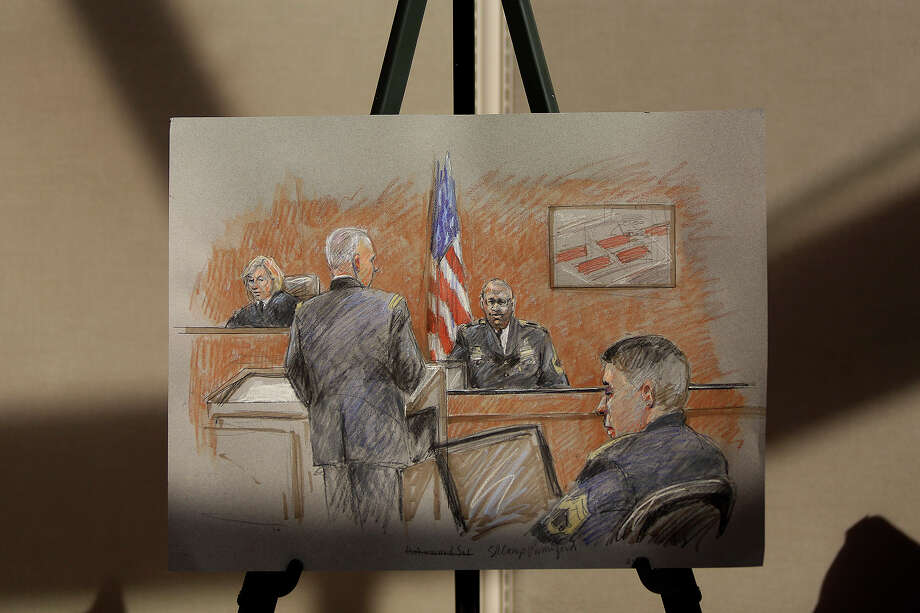 New Braunfels artist Brigitte Woosley's rendering of Staff Sgt. Alonzo Lunsford Jr. testifying on the first day of the trial for Maj. Nidal Hasan at Fort Hood in Killeen on Tuesday, August 6, 2013. Photo: Lisa Krantz, San Antonio Express-News / San Antonio Express-News