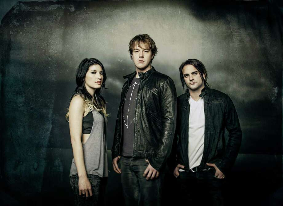 Sick Puppies / MyriamSantos