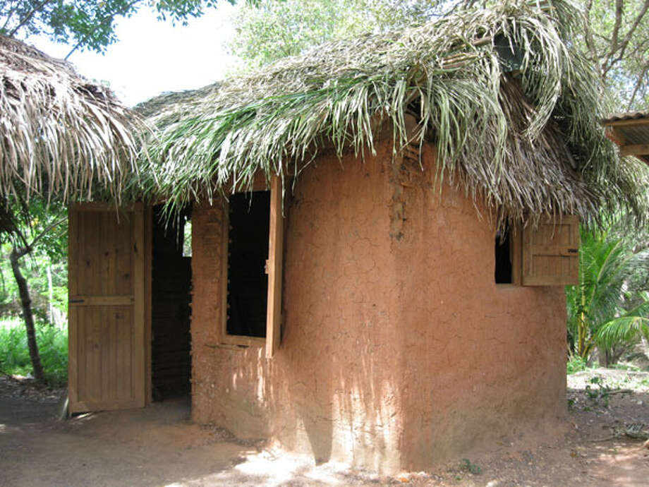 Traditional Garifuna thatched roof hut. Photo: Michelle Newman