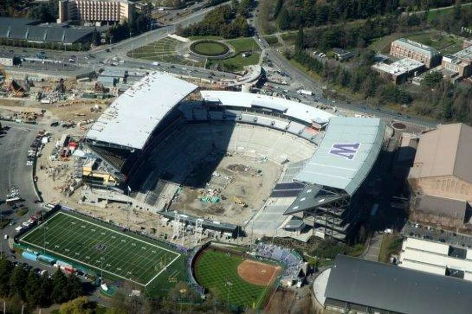 18. Rebuilt UW's Husky Stadium, despite a string of dismal years for the football team and a barely recovering economy. Photo: Jeremy Elson