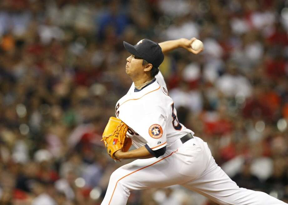 Chia-Jen Lo pitches to the Red Sox. Photo: Johnny Hanson, Houston Chronicle