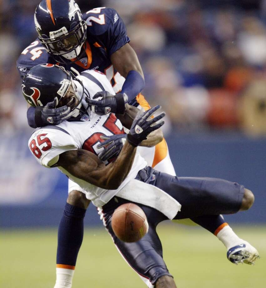 2004  Aug. 27: Broncos 31, Texans 17  Texans running back Tony Hollings had a kickoff return for a touchdown and a 79-yard performance but Houston's bench players were no match for Denver's reserves. Photo: Jack Dempsey, Associated Press