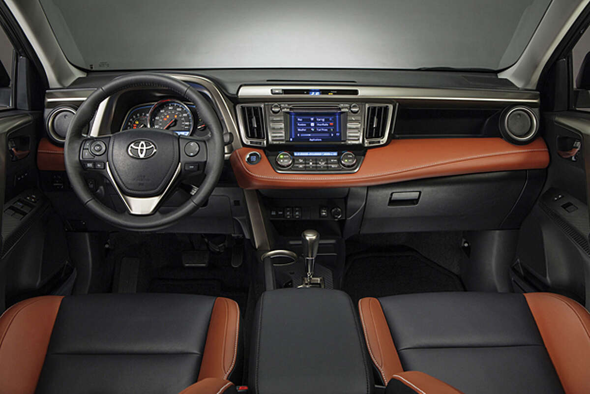 2013 Toyota RAV4 (photo courtesy Toyota)