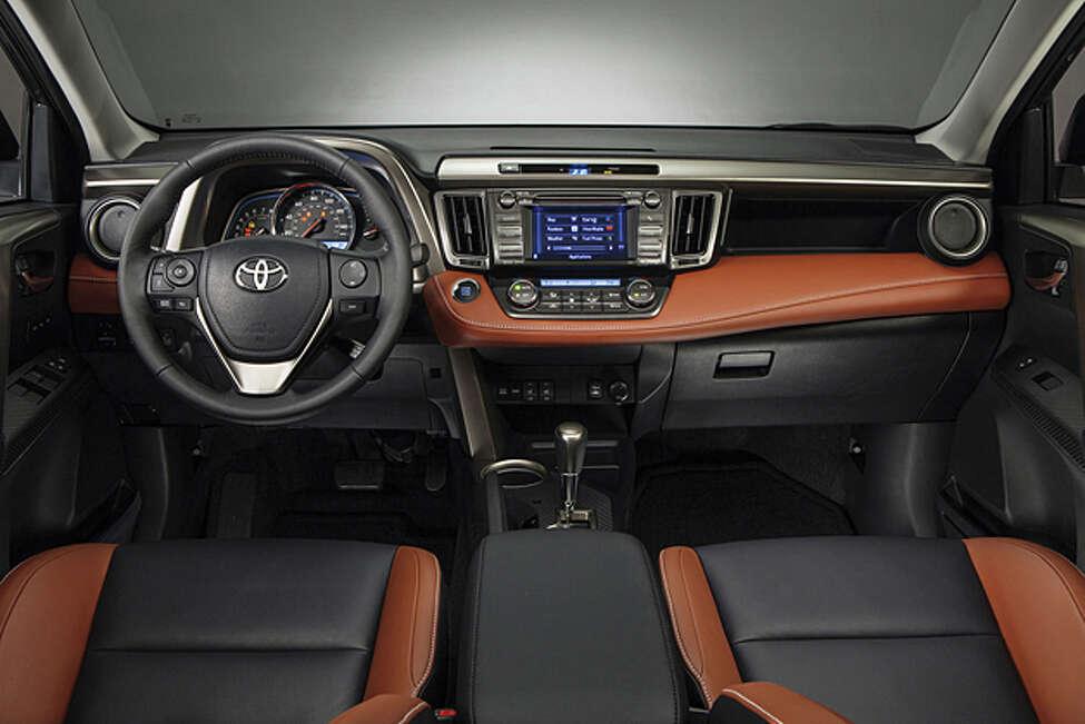 2013 Toyota RAV4 (photo courtesy Toyota)
