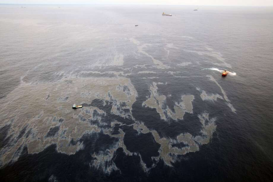 Vessels work to clean up an oil spill in an offshore field operated by Chevron at the Bacia de Campos, in Rio de Janeiro state, Brazil. Transocean Ltd. was the drilling contractor for the well.  Oil started leaking at the site of the Chevron appraisal well Nov. 7, 2011 about 230 miles off the northeastern coast of Rio de Janeiro state. Photo: Rogerio Santana, Associated Press