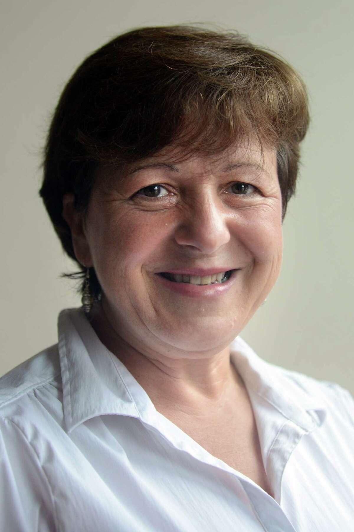 Anita Dugatto, democratic candidate for mayor of Derby, Conn.