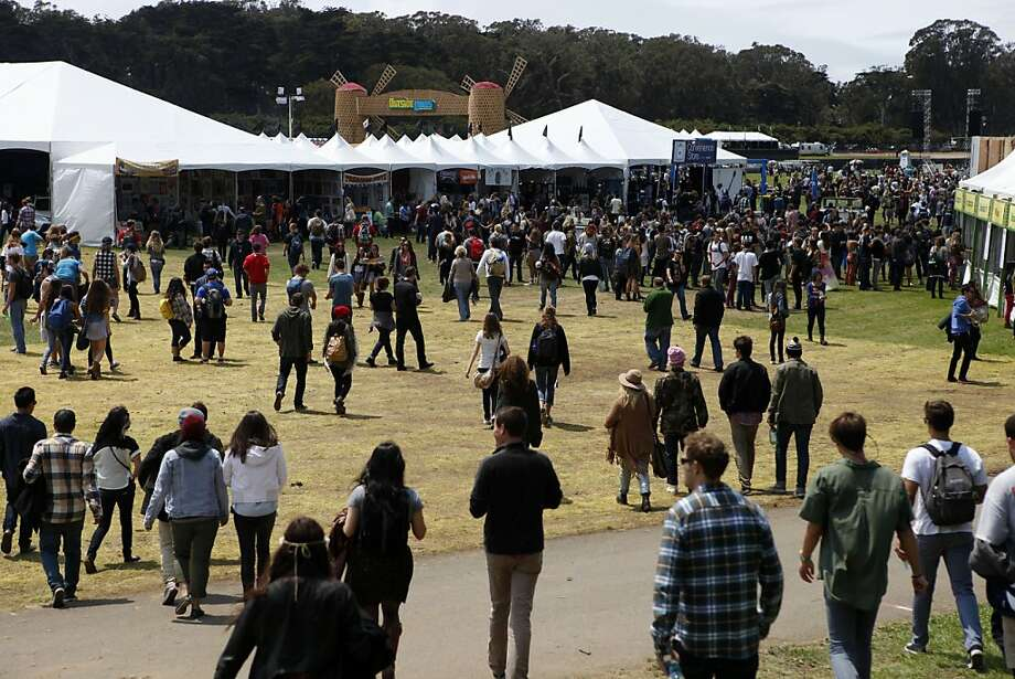 Crowds come into Golden Gate Park for the Outside Lands Festival soon after the gates opened in San Francisco, Calif. on Friday, August 9, 2013. Photo: Katie Meek, The Chronicle