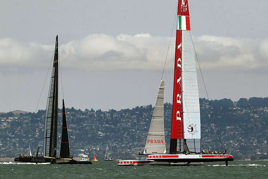 Team Luna Rossa Challenge(R) compete against Team Artemis Racing during the Louis Vuitton Cup Semifinal in San Francisco, California Friday, August 9, 2013. Photo: Michael Short, Special To The Chronicle