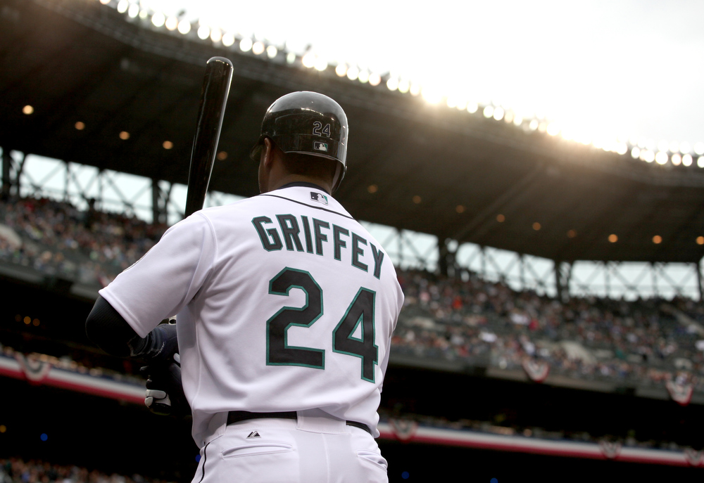 Seattle Mariners legend Ken Griffey Jr. headlines ...