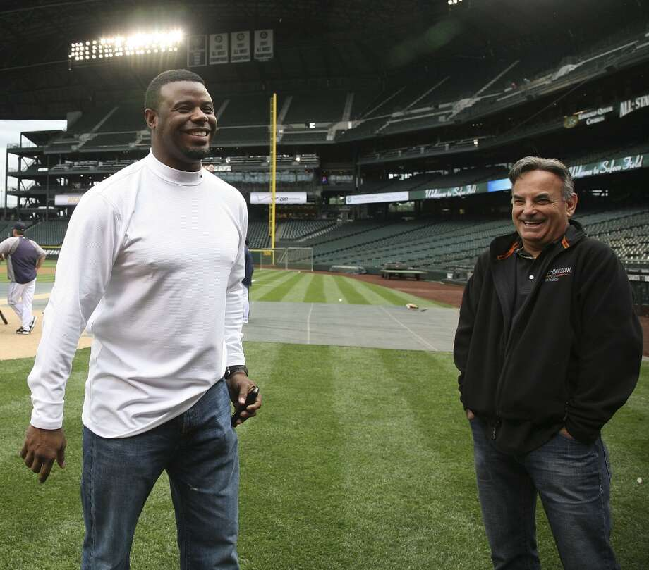 Griffey returned to Safeco Field on June 14, 2011, once things had smoothed over between him and the organization. Here he is seen alongside Mariners radio announcer Rick Rizzs.