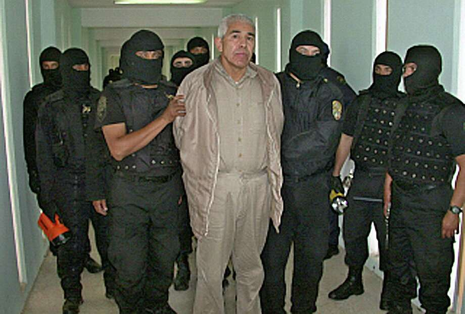 Rafael Caro Quintero (center), considered to be the grandfather of Mexican drug trafficking, had his conviction overturned for the 1985 kidnap and killing of a DEA agent. Caro Quintero, 61, served 28 years. Photo: AFP/Getty Images