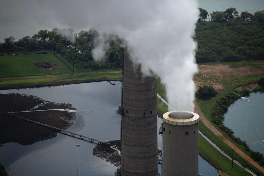 CPS Energy uses wastewater to cool its plants. Photo: Express-News File Photo